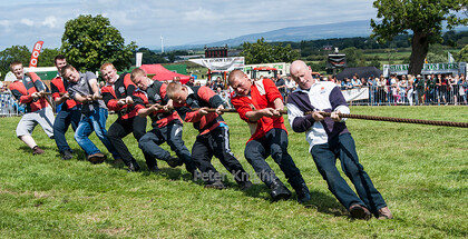 GE Show 2014 Tug of War 2 